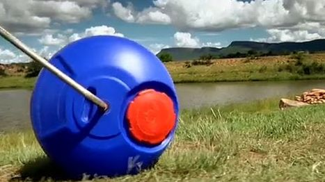 Hippo Roller- Personal Water Transportation 35 Liter