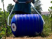 Hippo Roller Personal Water Transportation 35 Liter